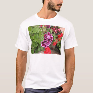 Lila Pelargonien T-Shirt
