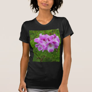Lila Pelargonien T-Shirt