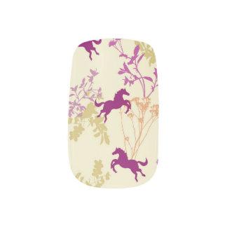Lila Pony Minx Nagelkunst