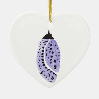 Lila Schmetterlings-Kokon Keramik Herz-Ornament
