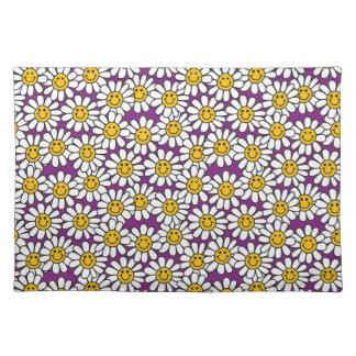 Lila smiley-Gänseblümchen-Blumen-Muster Stofftischset