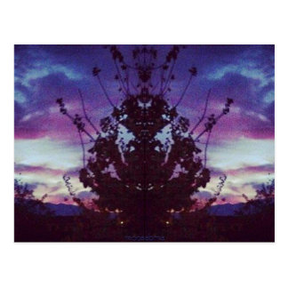 Lila Sonnenuntergang-Reflexion Postkarte