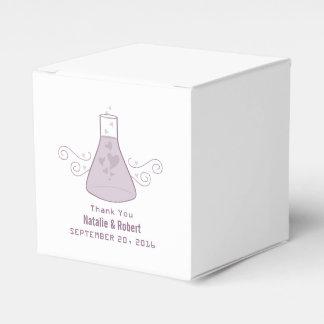 Lila süße Chemie-Gastgeschenk Hochzeits-Kästen Geschenkkartons