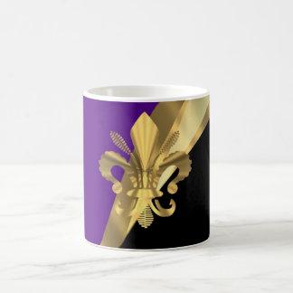 Lila u. gold Fleur de Lys Tasse