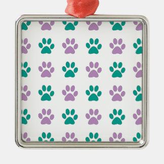 Lila und aquamarine Welpentatzendrucke Quadratisches Silberfarbenes Ornament