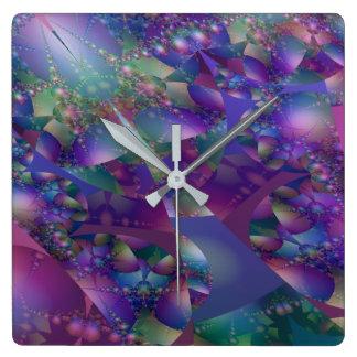 Lila und blaues Blasen-Fraktal Quadratische Wanduhr