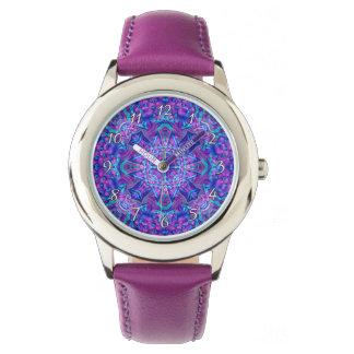 Lila und blaues Kaleidoskop-Vintage Kinderuhr Uhr