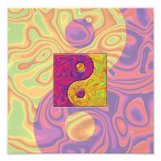 Lila und gelbes Yin Yang Symbol Fotodruck