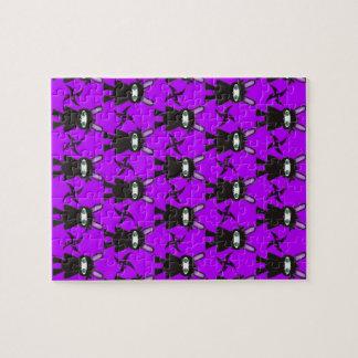 Lila und schwarzes Ninja Häschen-Muster Puzzle