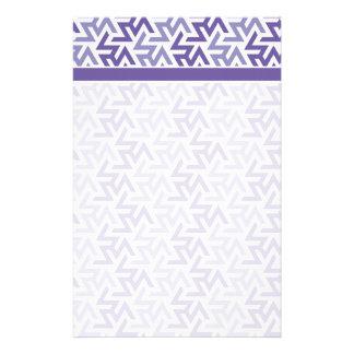 Lila und weißes geometrisches Muster Individuelles Büropapier
