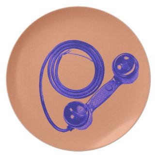 Lila Vintager Telefon-Empfänger mit Schnur-Platte Flacher Teller