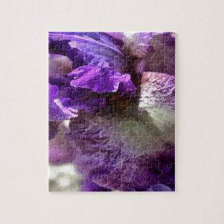 Lila, violette und malvenfarbene Iris abstrakt Puzzle