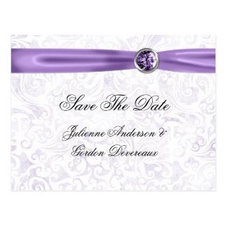 Lila weiße Damast-Band-Juwelen Save the Date Postkarte