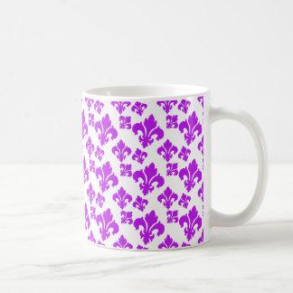 Lilie 4 lila tee tasse