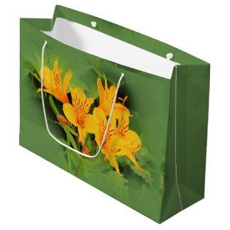 Lilie der Inkas/des gelben Alstroemeria Große Geschenktüte