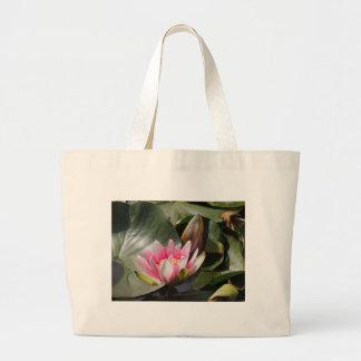 Lilien-Auflage und Blume Tragetaschen