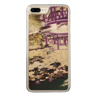 Lilien-Teich und Brücke Carved iPhone 8 Plus/7 Plus Hülle