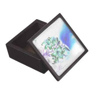 Lilien und Rauch Schmuckkiste