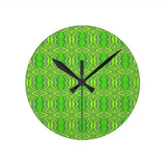 Limone grüne Sechzigerjahre Retro Fraktal-Muster Runde Wanduhr