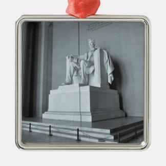 Lincoln Memorial im Washington DC Quadratisches Silberfarbenes Ornament