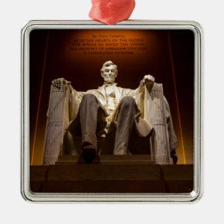 Lincoln Memorial nachts - Washington DC Quadratisches Silberfarbenes Ornament