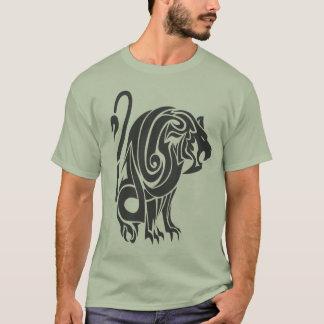 lion tribal T-Shirt