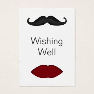 Lippen und Schnurrbart, die wohle Karten wünschen