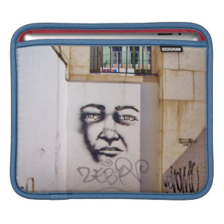 LISSABON (STÄDTISCHER GRAFFITI) iPad Sleeve Für iPads