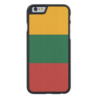 Litauen-Flagge Carved® iPhone 6 Hülle Ahorn