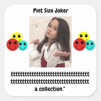 Liter-Größen-Joker: Teilnahme-Trophäe-Sammlung Quadratischer Aufkleber