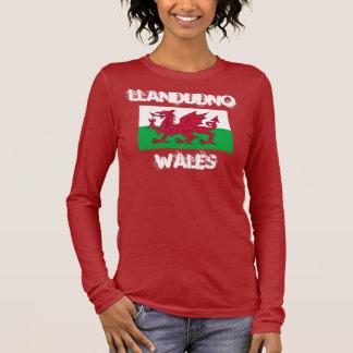 Llandudno, Wales mit Waliser-Flagge Langarm T-Shirt