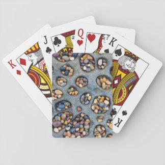 Löcher gefüllt mit Kieseln, CA Spielkarten