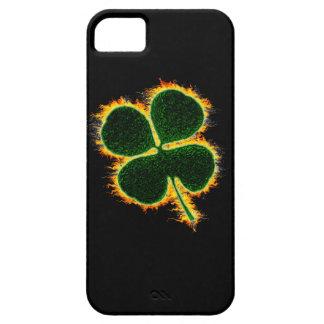 Loderndes Kleeblatt iPhone 5 Hüllen