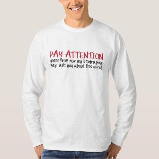 """Lohn-Aufmerksamkeit "" T-Shirt"
