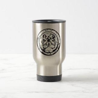 Loki von Schallern, Filii Iani-Wappen Reisebecher