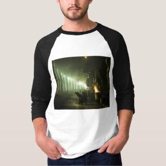 Lokomotiven im Roundhouse T-Shirt