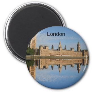 London (durch St.K) Runder Magnet 5,7 Cm