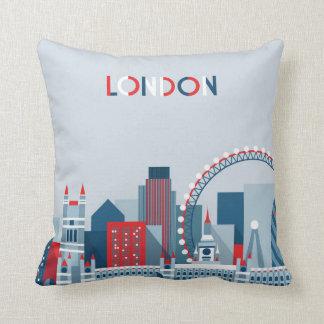 London, England | rote, weiße und blaue Skyline Kissen