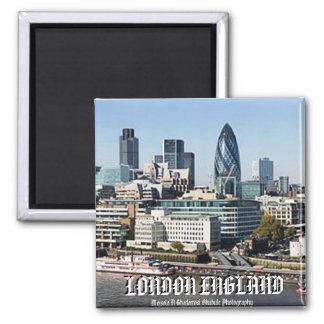 LONDON-Magnet durch Mojisola ein Gbadamosi Okubule Magnete