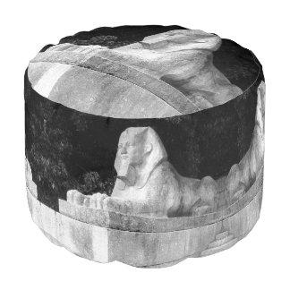 London-Sphinx Hocker