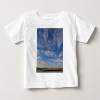 London-Stadt-Flughafen Baby T-shirt