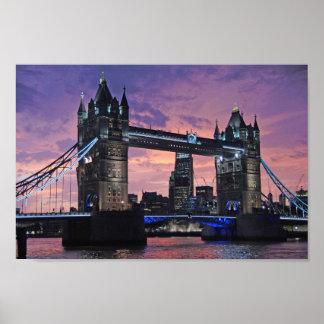 London-Turm-Brücke am Nachtplakat Poster