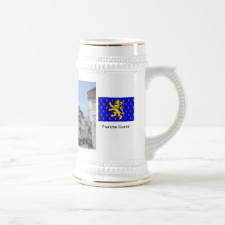 Lons le Saunier; Clocktower und Säulengänge Bierglas