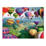 Lose Heißluft steigt Postkarte im Ballon auf