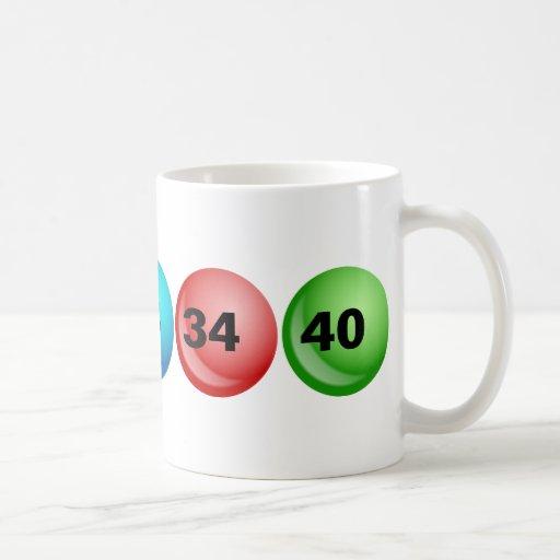 Lotterie-Bälle, 3, 18, 23, 34, 40 Teetasse