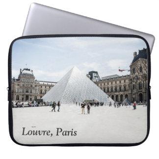 Louvre im weißen Winter Paris Laptop Sleeve