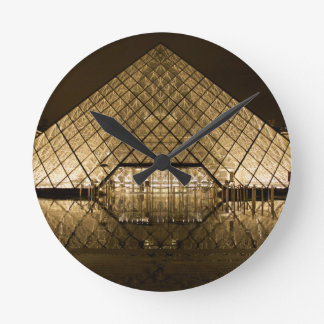 Louvre, Paris/Frankreich Runde Wanduhr