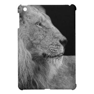 LÖWE der LÖWE König des Dschungels in Schwarzweiss iPad Mini Hülle