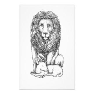 Löwe, der über Lamm-Tätowierung aufpasst Briefpapier