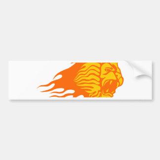 Löwe in den Flammen Autoaufkleber